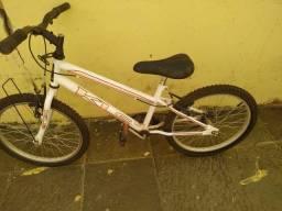 Bicicleta e patins 32