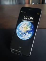 iPhone 8 Plus Black 64GB - ESTADO DE NOVO.