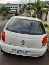 Vendo Celta 2003 modelo 2004
