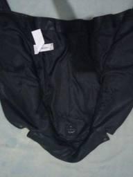 Jaqueta de couro preto