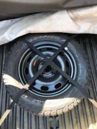 1 Pneu Pirelli somente o pneu zero com cabelo
