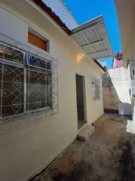 Título do anúncio: Daher Aluga: Casa de Vila 2 Qtos c/Terraço - Piedade - Cód CDQ 247