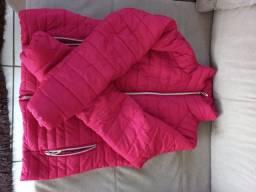 Título do anúncio: Vendo jaqueta feminina , estado de nova