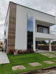 Santiago vende Casa Alto Padrão no Res. Ecoparque