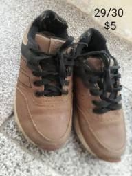 Sapatos masculinos para criança