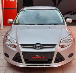 Focus Hatch 1.6 Automatico Completo
