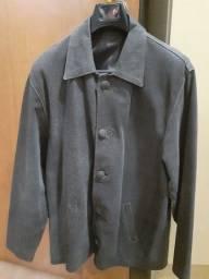 Vendo jaqueta de couro legítimo nobuk, estado de nova.