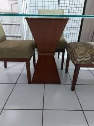 Vendo mesa sem cadeiras.