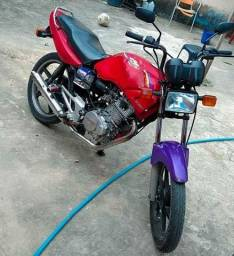 Título do anúncio: Vende-se moto Honda