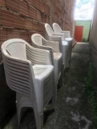 Cadeiras seminovas ideal para igreja e festas