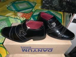 Sapato social infantil.. 70Reais