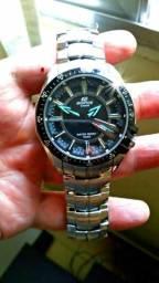 6cc822ca4c8 Relógio Casio Edifice Ef 130d-1a2vdf original 06 meses usado 02 vezes