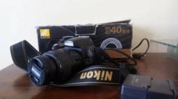 Nikon D40 + lente 18-55mm + 2 baterias