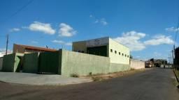 Barracão 210 m²