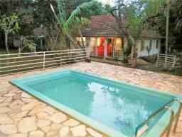 Excelente Chácara com 2.300 m² no Bairro Quintas do Bosque