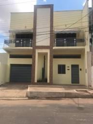 R$ 2.000 Alugo apartamento mesmo que um sobrado -033