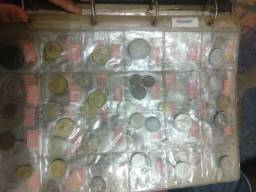 Vendo coleção de moedas e notas antigas