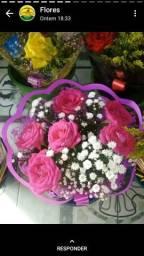 Buquê com rosas naturais