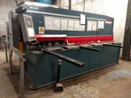 Máquinas Dobradeira / Guilhotina CNC