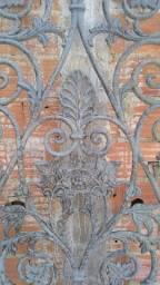 Portão imperial-Ferro fundido