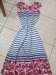 Vendo 2 lindos vestidos 1 melissa e 1 sapato social infantil