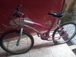 Bike Track c/ Marcha e Suporte para cestinha ( Rosa / Branca )