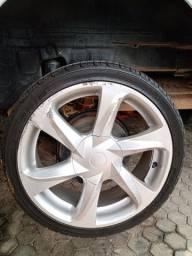 Vendo rodas aro 17 com pneus multifuro para 4 furos 4x100 e 4x108