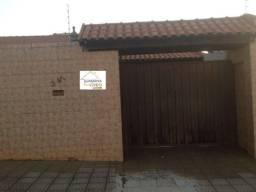 Casa para Venda em Rolândia, Jardim Campo Belo, 3 dormitórios, 1 suíte, 2 banheiros, 2 vag