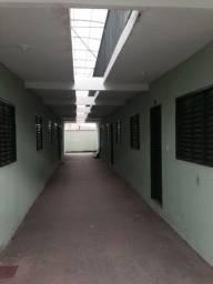 Aluga-se Kitnet / Barracão Senador Canedo