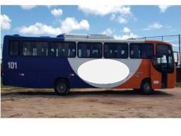 Ônibus Rodoviário Comil 2001/2002