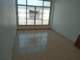 Rua Paranapanema, sala, 3 quartos com garagem, amplo, vazio e aceitando financiamento