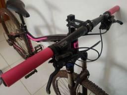 Vendo bicicleta Garra7 27 Velocidades - Quadro 15 - Suspensão trava