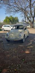 Fusca 76 bege