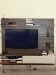 Ótima Estante para TV