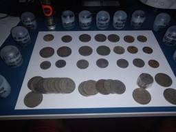 Vendo coleção de 235 moedas antigas