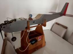 Aéreomodelo modelo combustão
