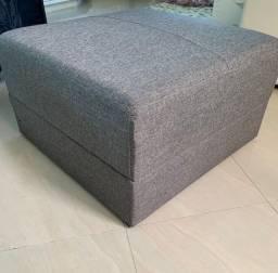 Puff quadrado cinza com capa