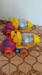 Carro caminhão brinquedo pouco usado.