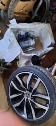 Vendo um jogo de pneu 205 40 17