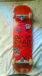 Skate montado+ um shape de graça