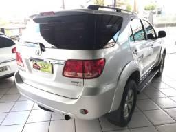 Toyota Hilux SW4 Diesel 5lug