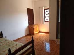 Aluga-se quarto no Novo Visconde em Macaé, RJ