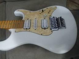Guitarra Tagima E2