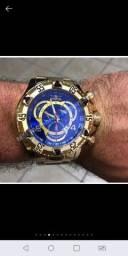 Relógio dourado masculino invicta grande