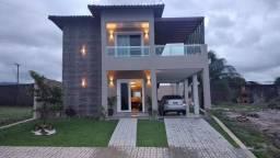 Vende se excelente casa em condomínio Jardins da Serra.