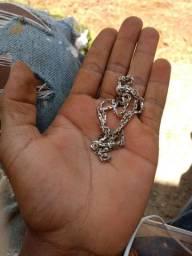 Vendo cordao de prata