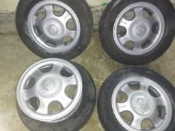 Rodas com pneus Gm Chevrolet 14