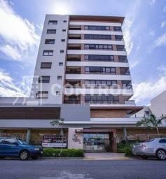 (P)  Apartamento com 02 dormitórios, sendo 02 suítes no Balneário / Florianópolis.