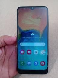 Galaxy A30 4gb de ram 64gb de menoria - Aceito cartão