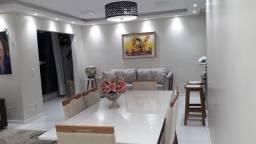 Apartamento no Calhau projetado e mobiliado!!!